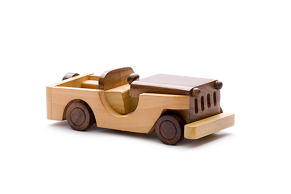 Open wooden jeep - wooden toy - Woodix Toys ©2008