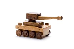 Wooden war tank - wooden toy - Woodix Toys ©2008
