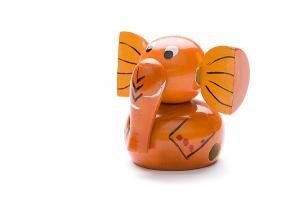 Indi wooden sharpener: orange elephant - wooden toy - Woodix Toys ©2008