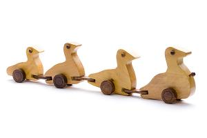 Wooden duck family - wooden toy - Woodix Toys ©2008