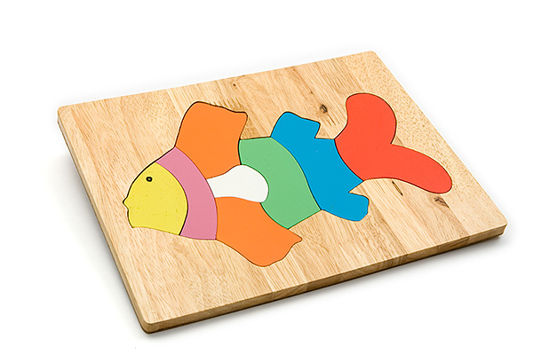 Wooden puzzle board: fish - wooden toy - Woodix Toys ©2008